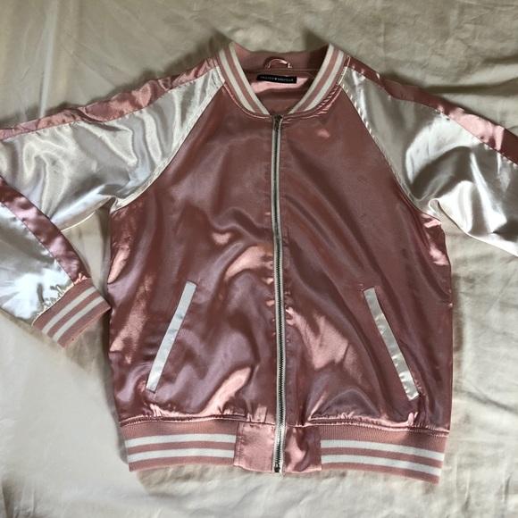 Brandy Melville Jackets & Blazers - Brandy Melville Jacket